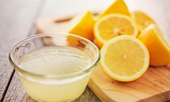 Боремося з пігментними плямами на обличчі за допомогою лимона