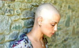 Що робити людині, якого нудить під час проходження хіміотерапії - онкологія.