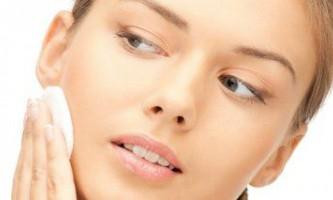 Як правильно видавити прищ на обличчі?