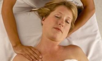 Лікувальний масаж шийного відділу при остеохондрозі хребта