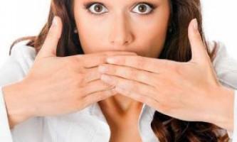 Чому виникає галитоз і як з ним боротися