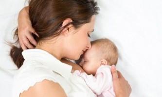 Чому виникає жовтяниця новонароджених при годуванні грудним молоком?